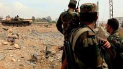 Đại chiến Syria: Khủng bố bị nã đạn thua tan tác chạy trốn vào sa mạc