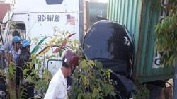 Ớn lạnh với hiện trường vụ TNGT, 3 người tử vong trong ô tô vỡ nát