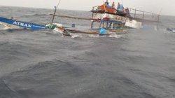 Tàu Philippines bị đâm được VN cứu: TQ nói lý do tàu cá bỏ mặc ngư dân gặp nạn