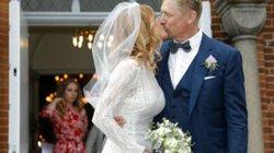 Người tiền nhiệm của De Gea tươi rói đám cưới với cựu người mẫu khỏa thân