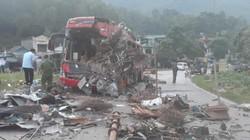 Cập nhật tai nạn xe khách ở Hòa Bình: Hơn 30 người thương vong