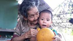 Cụ bà Quảng Trị 102 tuổi có 188 người con, cháu và bàn chân giao chỉ