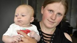 Nữ sinh chuyển dạ nhưng vẫn cố nhịn đau để hoàn thành bài thi 90 phút