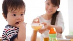 Dinh dưỡng chăm sóc trẻ mùa nắng nóng để tránh ốm bệnh