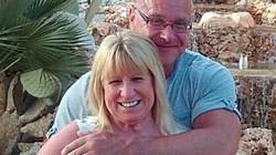 """Lạ: vợ bị cảnh sát bắt giam vì tội """"yêu cầu chồng làm việc nhà"""""""