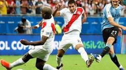 """Suarez vào vai """"tội đồ"""", Uruguay bị Peru loại khỏi Copa America"""