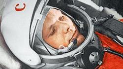 Mỹ trưng tượng người hùng Nga Yury Gagarin