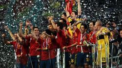 Châu Âu ngả mũ thán phục chức vô địch của Tây Ban Nha