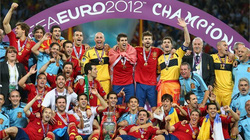 Tây Ban Nha tiếp tục thống trị bảng xếp hạng FIFA tháng 6