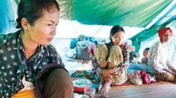 Quá đòi nghèo, phụ nữ phải bán tóc đổi cơm