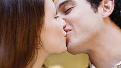 Phụ nữ muốn được hôn như thế nào?