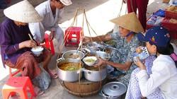 Đồ ăn đường phố Sài Gòn ngon hàng đầu thế giới