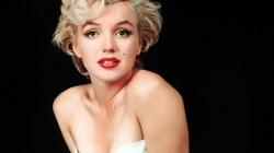 """""""Bom sex"""" Marilyn Monroe là người đồng tính?"""