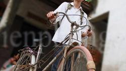 Thủ khoa nghèo và chiếc xe đạp cũ nát xót lòng