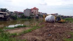 """Bắc Ninh: """"Thắt cổ"""" sông, dân lo lũ lớn"""