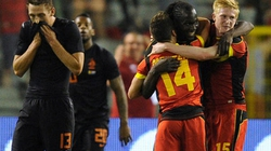 HLV Van Gaal ra mắt thất bại, Hà Lan thua đau