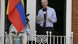 """Từ Đại sứ quán Ecuador, """"trùm"""" WikiLeaks lên tiếng"""