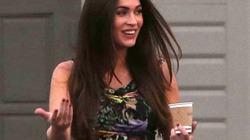 Bầu vượt mặt, Megan Fox vẫn đi giày cao gót