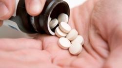 Nguy hại dùng thuốc ho thay ma túy