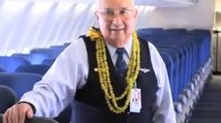 Tiếp viên hàng không 83 tuổi mới ngừng bay