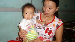 Bé gái 11 tháng tuổi  mong được giúp đỡ