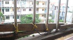 Bất an với lan can trường học, chung cư