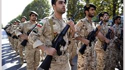 Iran bí mật tuồn vũ khí cho Syria