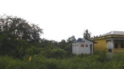 Đất hiến xây trường bị bỏ hoang