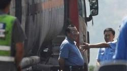 Cười cợt tai nạn, một quan chức Trung Quốc bị sa thải