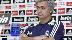 "Mourinho muốn ""học đòi"" theo Ferguson"