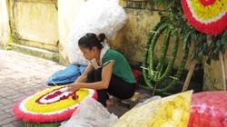 Cấm cơ quan, cán bộ mang vòng hoa đến đám tang: Có khả thi?