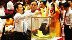 Chùm ảnh: Các đại biểu bỏ phiếu bầu cử BCH T.Ư Hội Nông dân VN