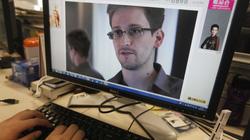 Cho phép Edward Snowden tị nạn là đối đầu với Mỹ?