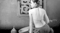 """Áo yếm: """"Di sản trang phục"""" của Việt Nam"""