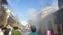 Cháy ở Hội An, nhà cổ tan hoang khói bụi