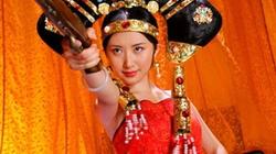 Mỹ nhân Hoa ngữ và những tạo hình cổ trang như... hề