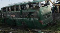 Lật xe khách Bắc-Nam, 20 người hút chết