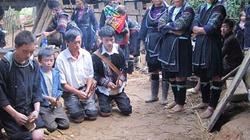 Người Mông từ bỏ hủ tục