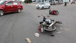 Tháo chạy bằng xe máy, nghi can vụ trộm đâm người lòi ruột