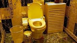 Cô Kim chơi trội với toilet dát vàng kín bưng