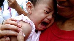 Vụ 3 trẻ tử vong sau tiêm vaccin: Đình chỉ cán bộ sai sót