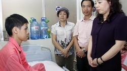 Bộ trưởng Y tế thăm con Chủ tịch huyện Trường Sa