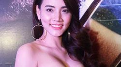Trang Nhung diện váy gợi cảm đi xem phim