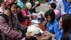 TP.HCM: Đổi hơn 27.000 mũ bảo hiểm cho dân