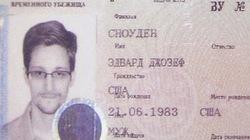 Edward Snowden được chính thức cư trú tại Nga