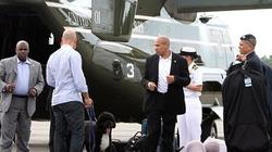 """Obama đi du lịch: """"Đệ nhất cẩu"""" cũng có máy bay riêng"""