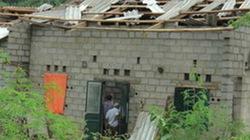 Gió lốc mạnh làm tốc mái 85 nhà dân tại Cao Bằng