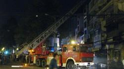 TP.HCM: Xe thang kịp giải cứu nhiều người khỏi đám cháy