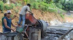 Dấu ấn sức dân  trên đường nông thôn