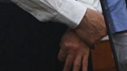 Bạc Hy Lai và đôi bàn tay bắt chéo tại tòa - Dấy lên nhiều đồn đoán